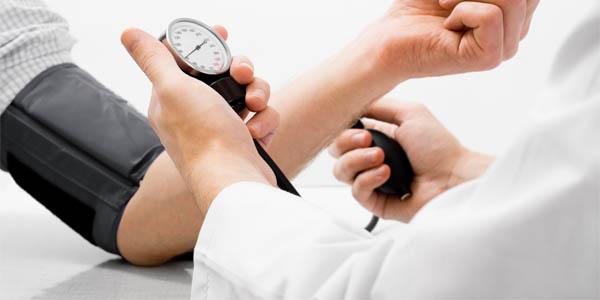 Висок Крвен Притисок (Хипертензија) - Причини и последици?